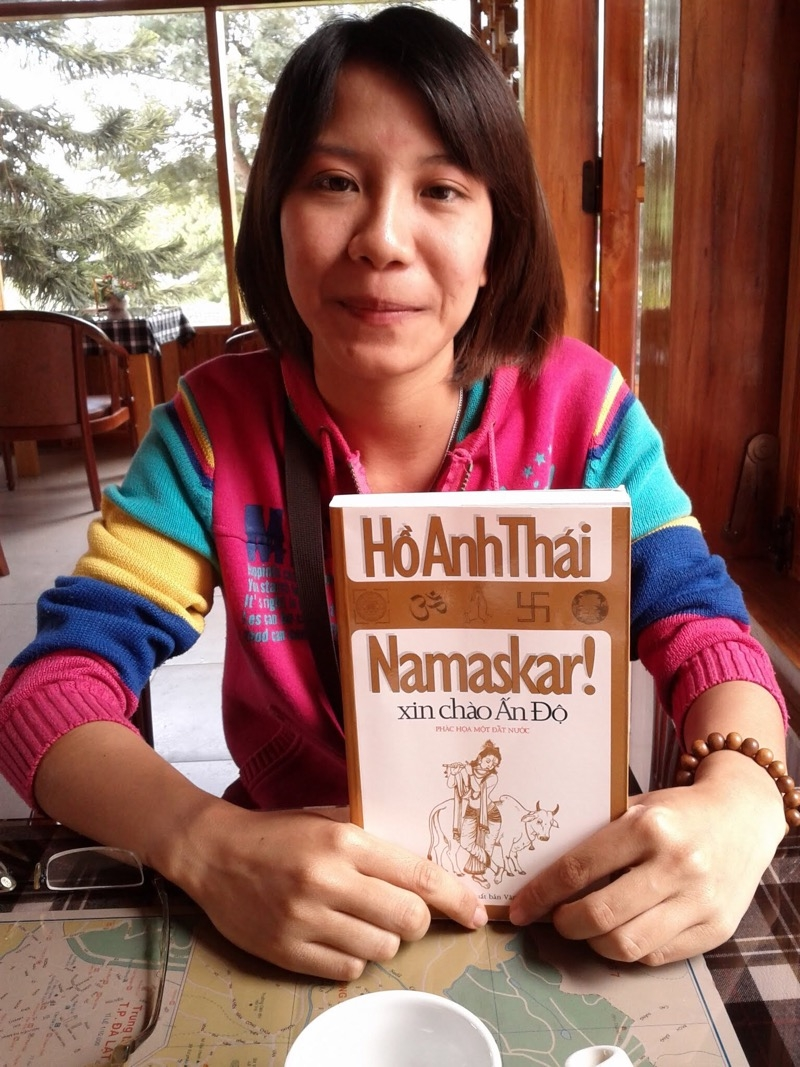 A book about India by a Vietnamese author